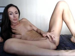 Hot Cam Milf Is A Model Of Your Wet Dreams