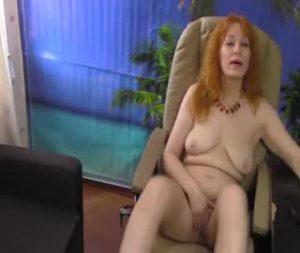 Redhead Mature Cam Woman Having A Solo Masturbation