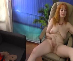 Redhead Mature Cam Woman Is Ready To Play With Her Hairy Cunt