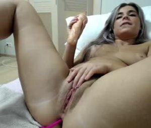 Adventurous Lady Blake Masturbates Hard On Free Cam Show
