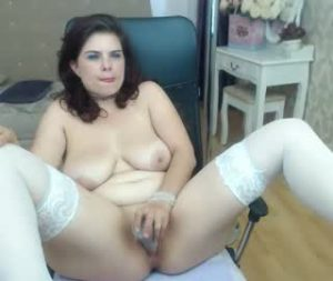 Chubby Cam Lady Lila Toys Her Very Wet Vagina