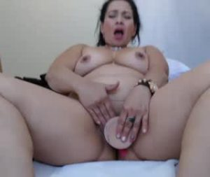 Perverted Mature Latina Cam Woman Esmeralda Toys Her Vagina
