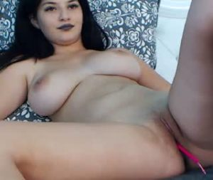 Plump 18yo Slut Mady Exposes Her Huge Tits And Pussy On Free Cam