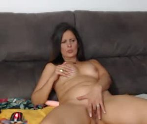Amazing Mature Spanish Woman Maria Fingers Her Pussy On Live Cam