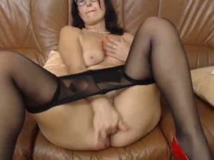 Mature Italian Slut Delia Finger Fucks Her Pussy On Webcam