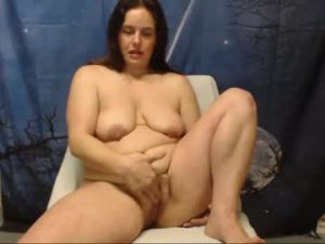 BBW Milf Betty Masturbates In Her Chat Room