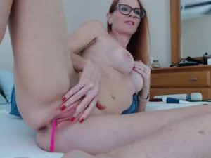 Horny Wife April Exposes Her Naked Body On Webcam