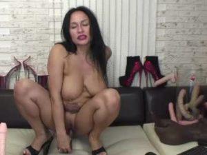 Mature Russian Slut Flora Porn Cam Show