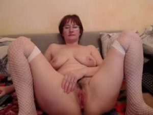 Mature Russian Woman Ksenia Has A Beautiful Hairy Cunt