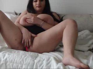 Sexy BBW Teen Alice Has Huge Tits