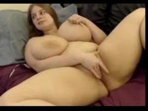 Aroused BBW With Huge Tits Pets Her Twat On Live Cam