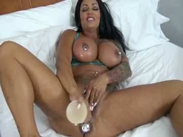 Inked Milf Ashton Blake Dildos Her Pussy On Webcam
