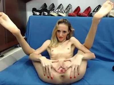 Anorexic Teen Flaunts Her Pussy For Viewers