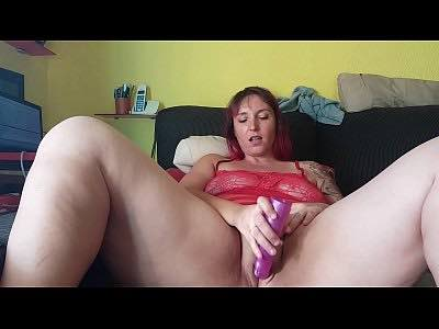Chunky Milf Having Masturbation Time